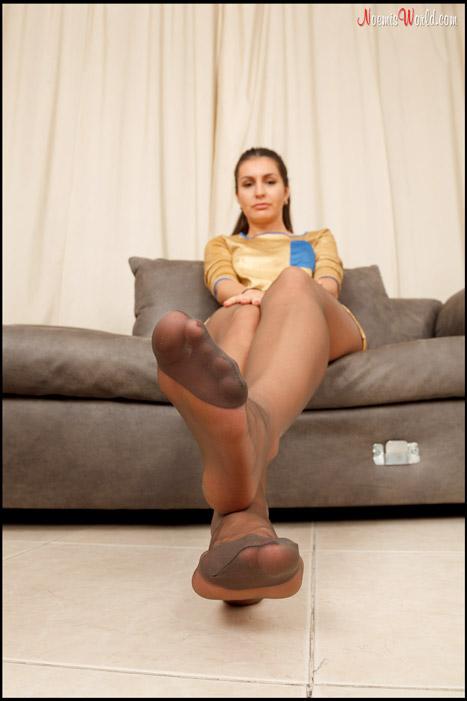 Josephine-Hot-girl-in-grey-pantyhose-05