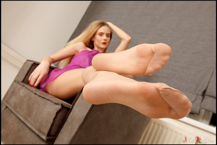 Coralie-Sexy-blonde-in-nude-pantyhose-08
