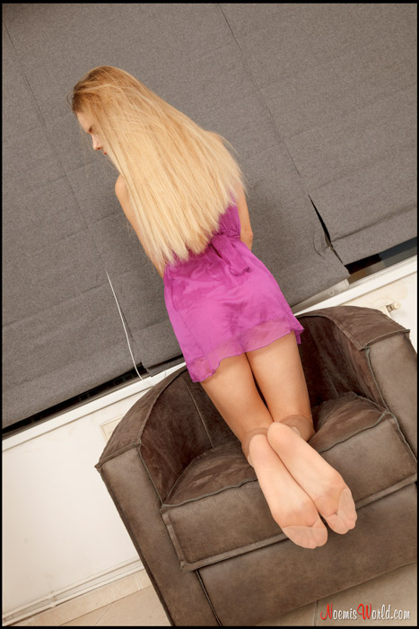 Coralie-Sexy-blonde-in-nude-pantyhose-12